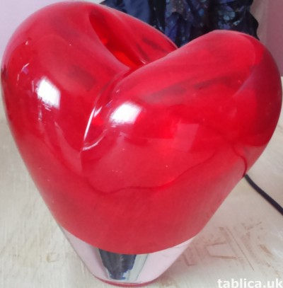 For Sale: Artdeco Vase: Heart, Love