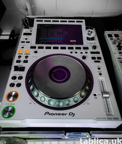 Pioneer CDJ-3000 DJ Multi Player ,Pioneer DDJ 1000 Controlle