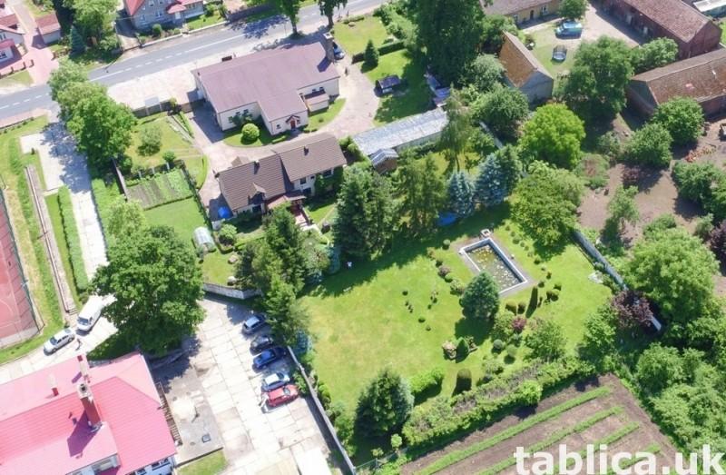 Sprzedam: Dom z basenem, ogrodem, zakładem, sklepem, barem 6