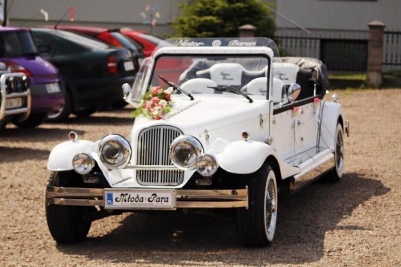 AUTO Samochód do ślubu zabytkowy kabriolet Alfa Romeo Nestor 19