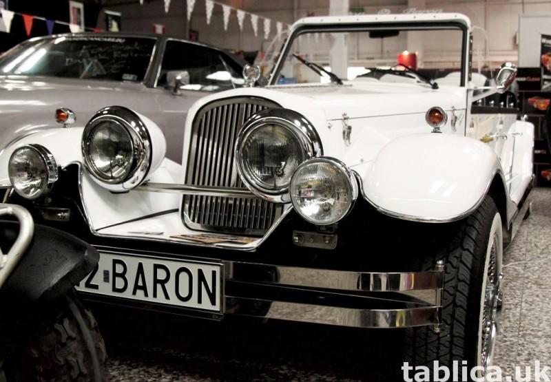 Zabytkowy Kabriolet do ślubu Alfa Romeo Spider Nestor Baron  23