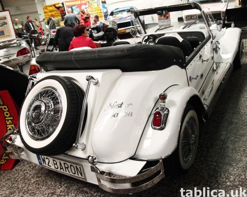 Zabytkowy Kabriolet do ślubu Alfa Romeo Spider Nestor Baron  24
