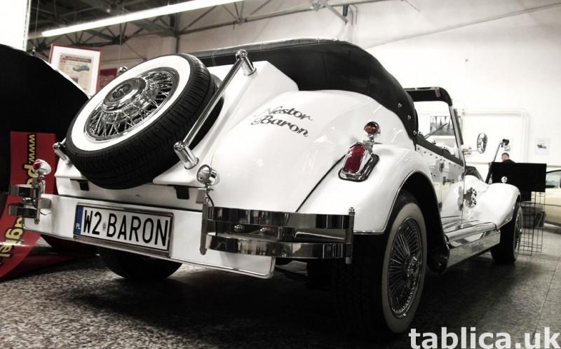 Zabytkowy Kabriolet do ślubu Alfa Romeo Spider Nestor Baron  25