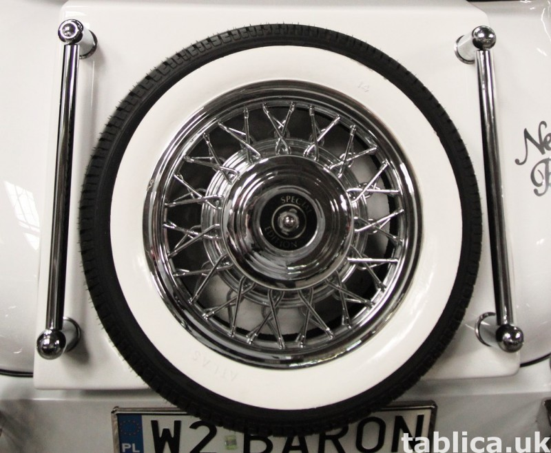 Zabytkowy Kabriolet do ślubu Alfa Romeo Spider Nestor Baron  26