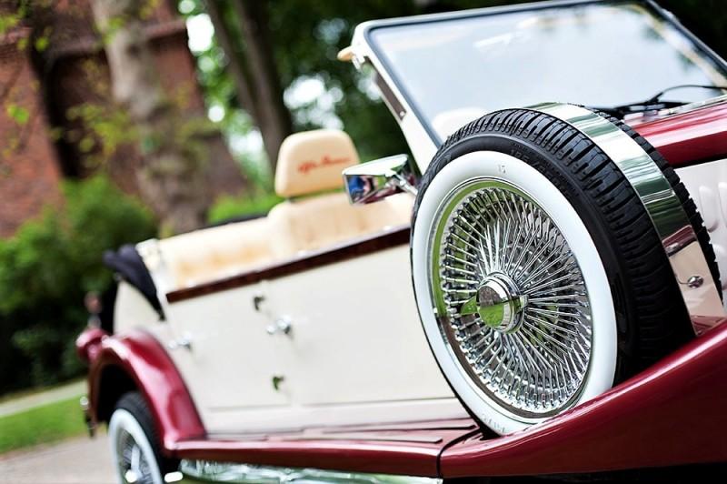 Zabytkowy Kabriolet do ślubu Alfa Romeo Spider Nestor Baron  33