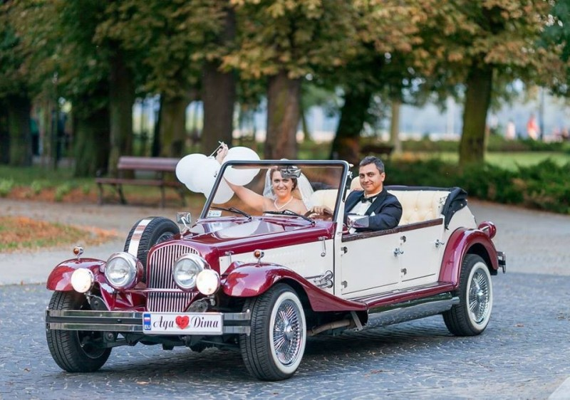 Zabytkowy Kabriolet do ślubu Alfa Romeo Spider Nestor Baron  58