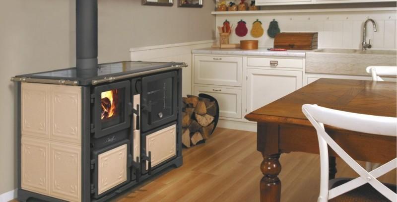 Kuchnie węglowe, na drewno, pellety, piecyki, kominki. 121