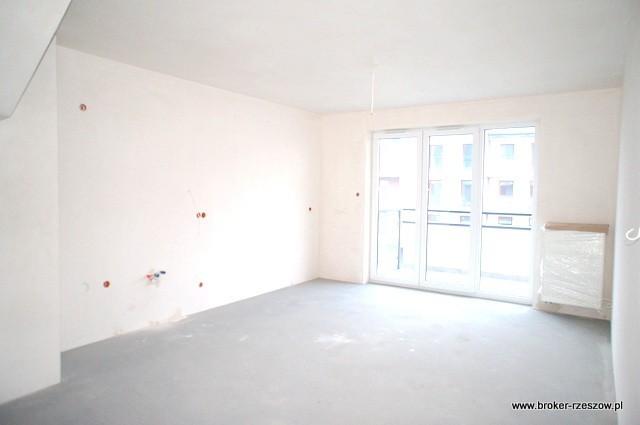 Ostatnie wolne mieszkanie 4-pokojowe z antresolą 0