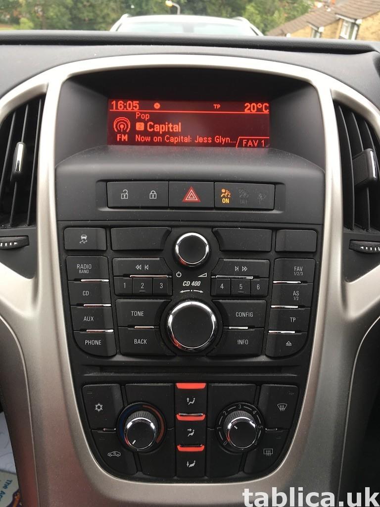 Vauxhall Astra J, 2010, 1.6L benzyna, 74,800 mil, £3,199 5