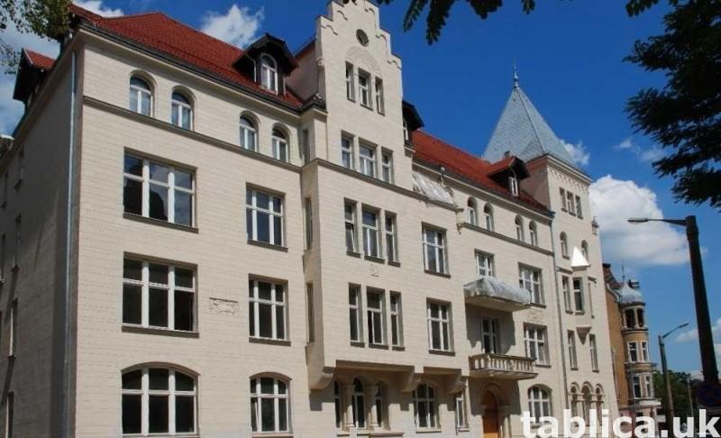 Atrakcyjne apartamenty w zabytkowej kamienicy w Poznaniu 0