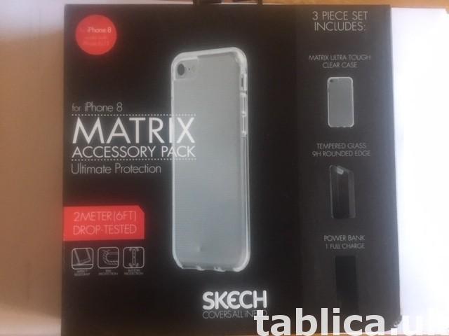 Etui Iphone 8 +dodatki 0