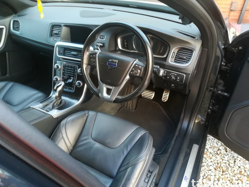 Volvo V60 R-design LUX Nav 5