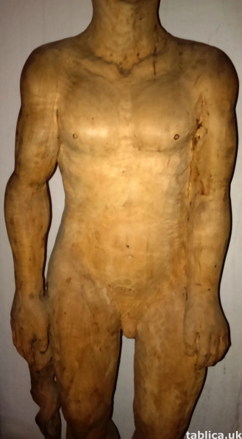 For Sale: Sculpture: The Looking Man - Solid Wood !!! 2