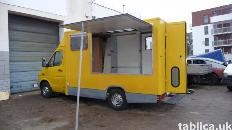 Food Trucki - zabudowy i przebudowy samochodów 9