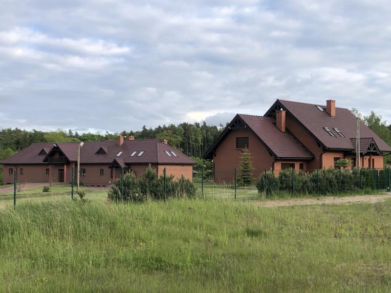2 ekskluzywne domy 1102m2 na działce 17000m2 tylko 450 GBP 1 0