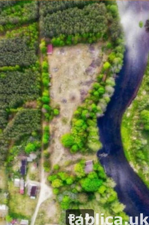 Działka budowlano-uslugowa z linią brzegową rzeki Gwda 1
