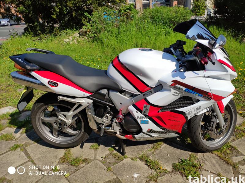 Honda VFR 800 V-tec 1