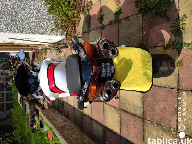 Honda VFR 800 V-tec 21