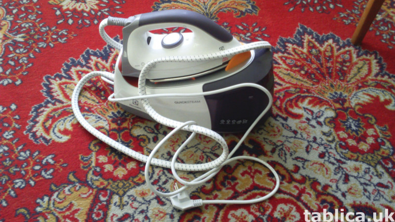 Electrolux Steam Station. NEW !!! 8