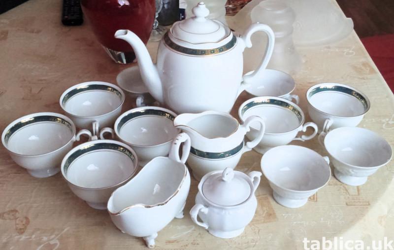 Porcelain For Sale - Quantity: 9 Pieces  0