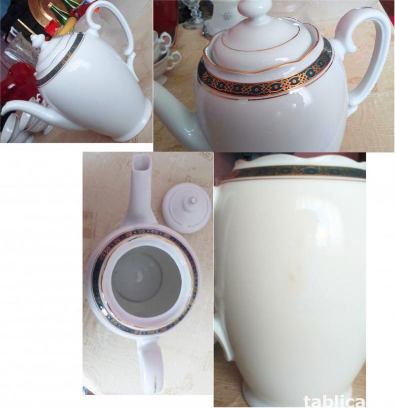 Porcelain For Sale - Quantity: 9 Pieces  4