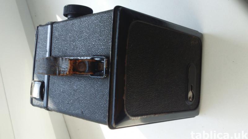 Antique Voigtlander BOX Camera from 1939 8