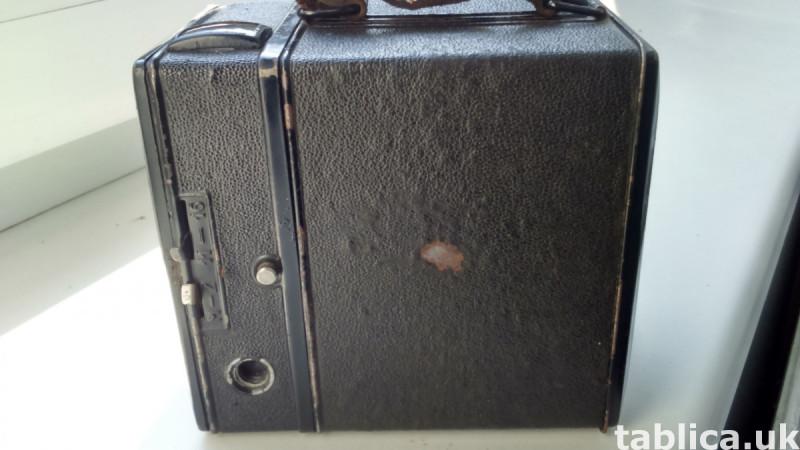 Antique Voigtlander BOX Camera from 1939 9