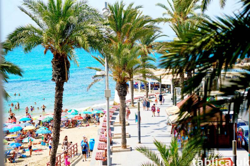 >> Zapraszamy do Hiszpanii, gdyż lato tu nie kończy się. 4